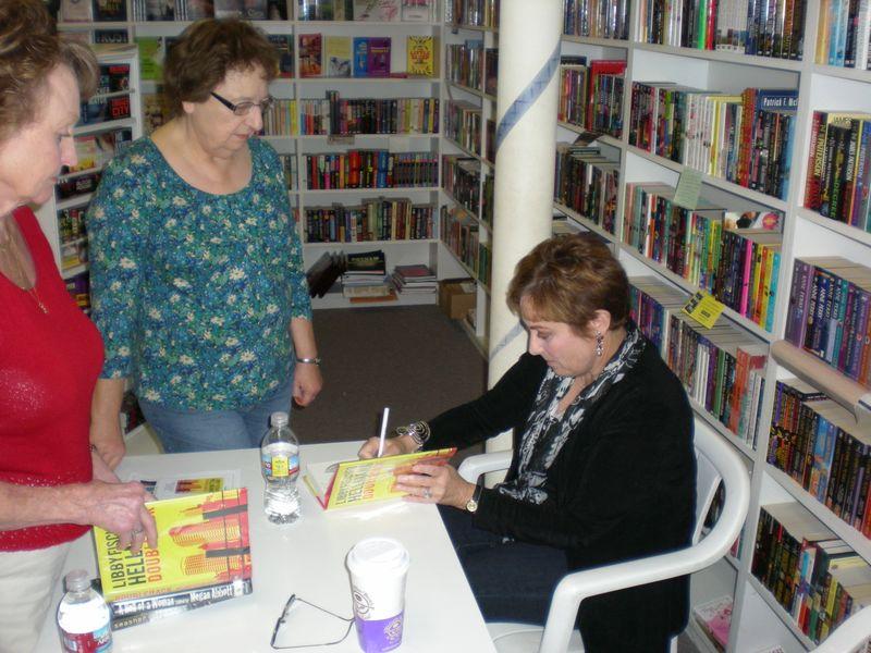 Book Tour 2009 061